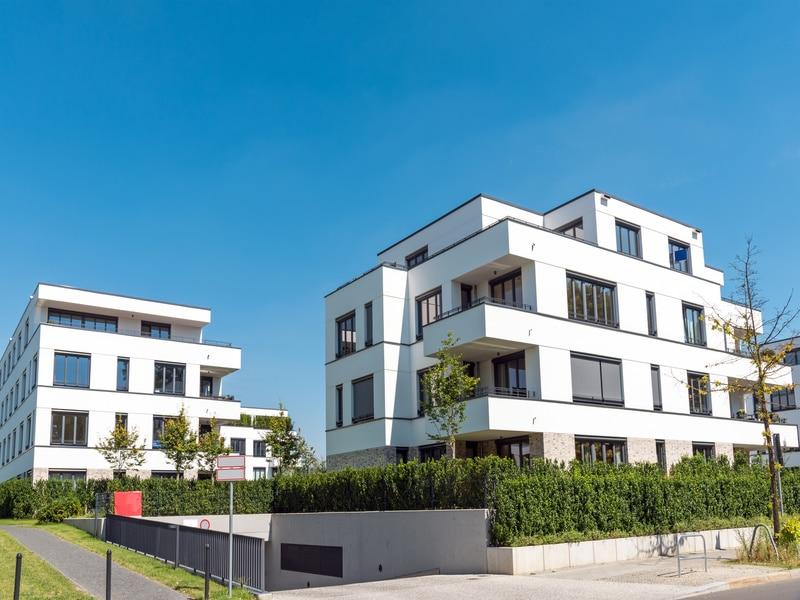 Empreinte carbone : les 10 promoteurs immobiliers les plus vertueux dévoilés - Batiweb