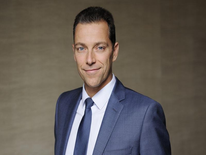 Julien Toqueboeuf nommé Secrétaire général de Bouygues Construction - Batiweb