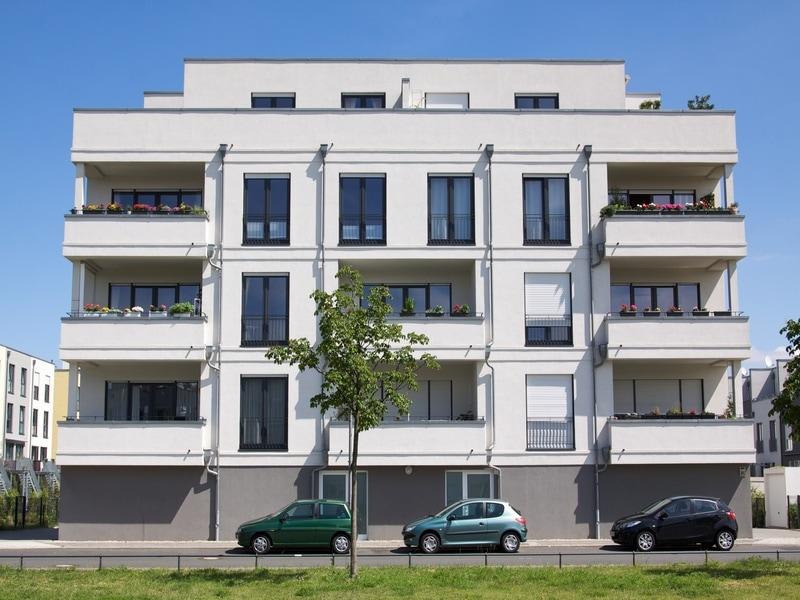 Chute des mises en vente de logements collectifs neufs : les maires et les coûts de construction mis en cause