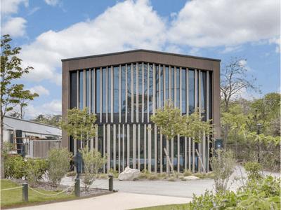 Au Jardin d'Acclimatation, le Boréal s'inscrit dans l'environnement végétal Batiweb