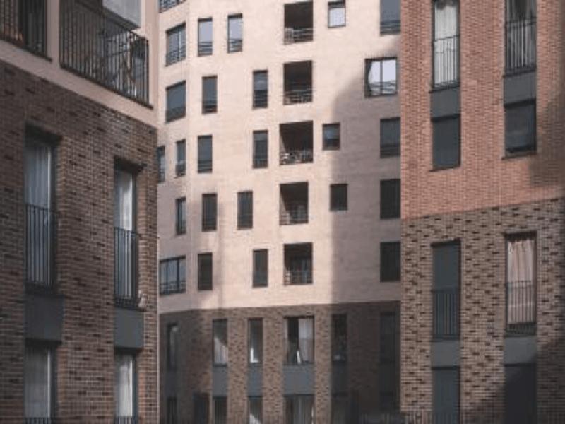 Des immeubles habillés de briques en terre cuite à Ivry-sur-Seine (94) Batiweb