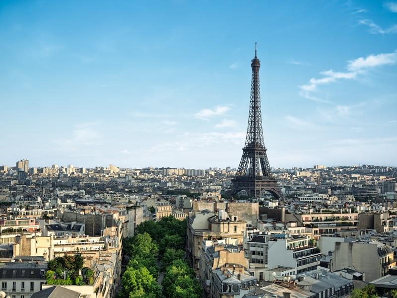 Anne Hidalgo veut reloger les classes moyennes dans Paris - Batiweb