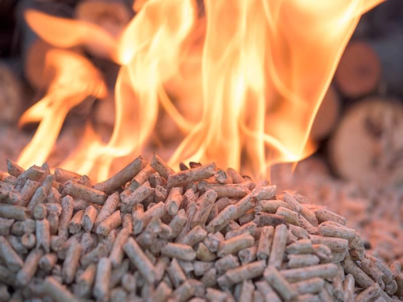 Les poêles à granulés ne sont pas conformes - Batiweb
