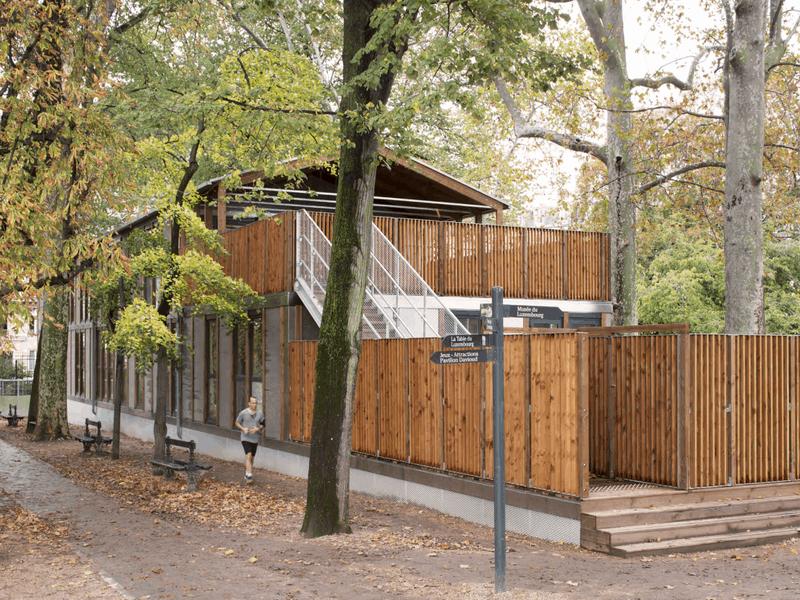 Le Jardin du Luxembourg accueille une crèche démontable - Batiweb