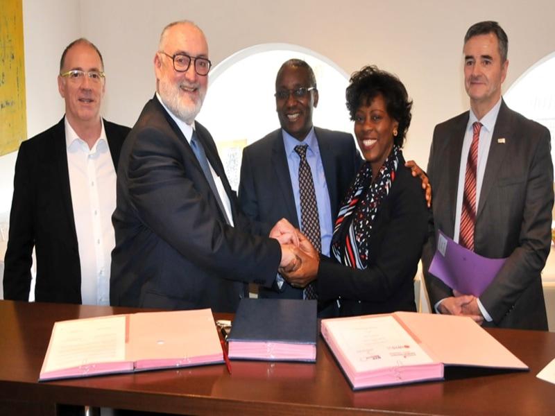 La Capeb signe un partenariat pour la prévention des risques sur chantier - Batiweb