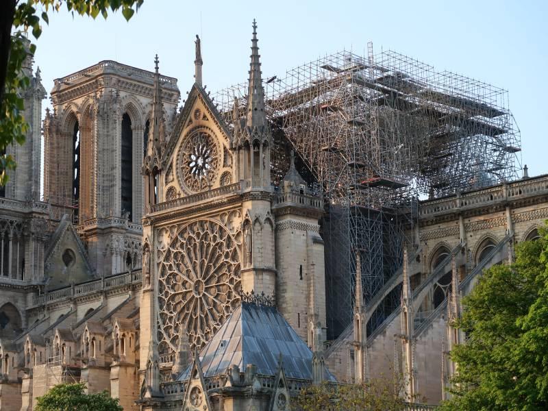 Notre-Dame de Paris sera finalement reconstruite à l'identique ! - Batiweb