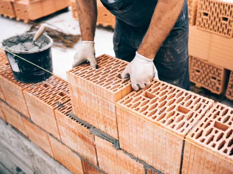 Construction durable:  la FFTB communique sur les atouts des briques et tuiles - Batiweb