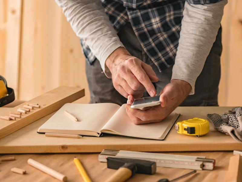 ManoMano lance une première application pour les artisans du bâtiment - Batiweb