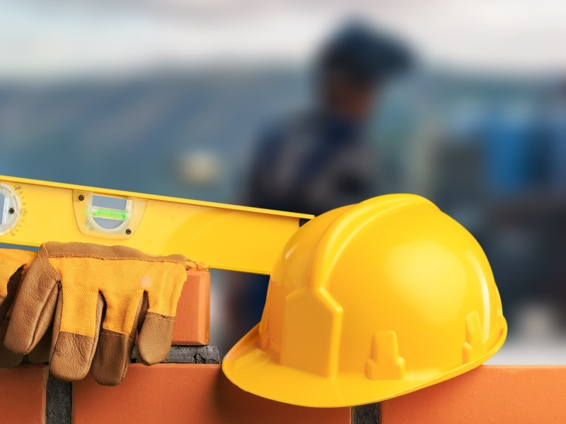 Crise sanitaire : les entreprises du BTP s'inquiètent des retards pris sur leurs chantiers - Batiweb