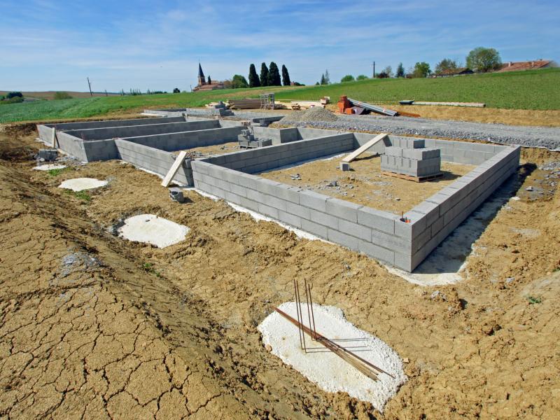 Malgré un rebond, la construction de logements reste très impactée sur un an - Batiweb