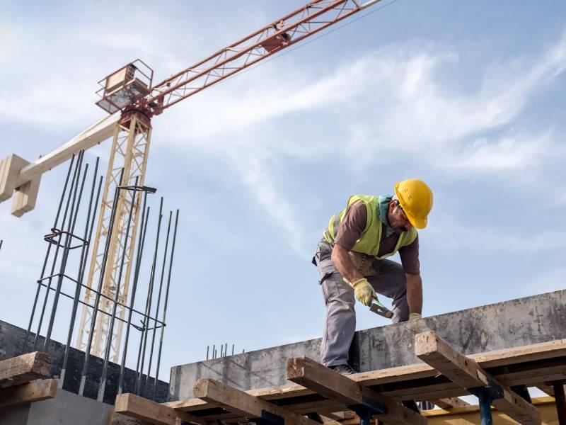 Construction neuve : des chiffres toujours en baisse mais... - Batiweb