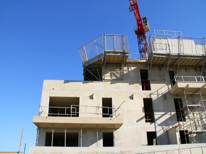 Logements neufs : les permis de construire en chute de 14,7 % en 2020 - Batiweb