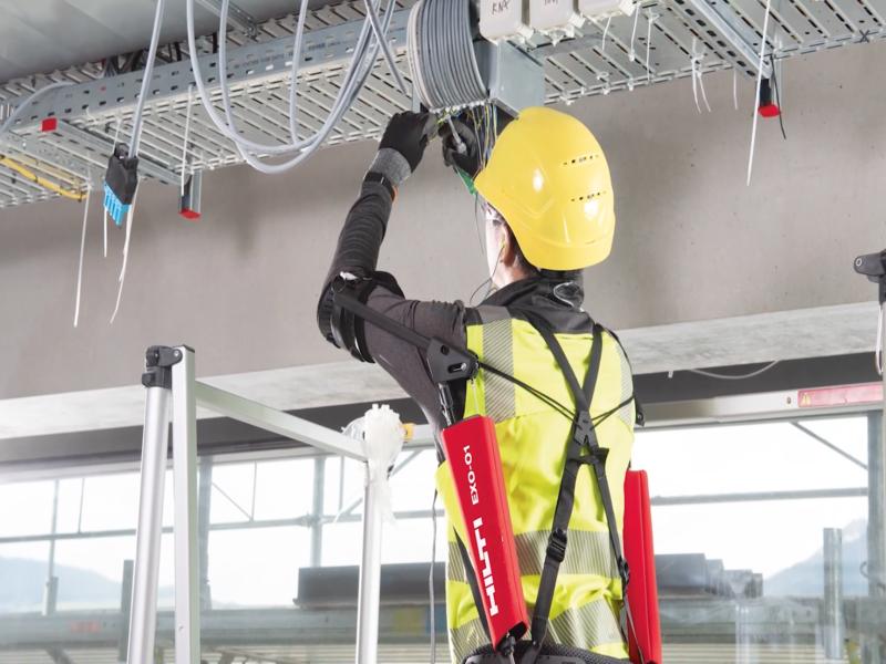 Hilti annonce la commercialisation de son premier exosquelette - Batiweb