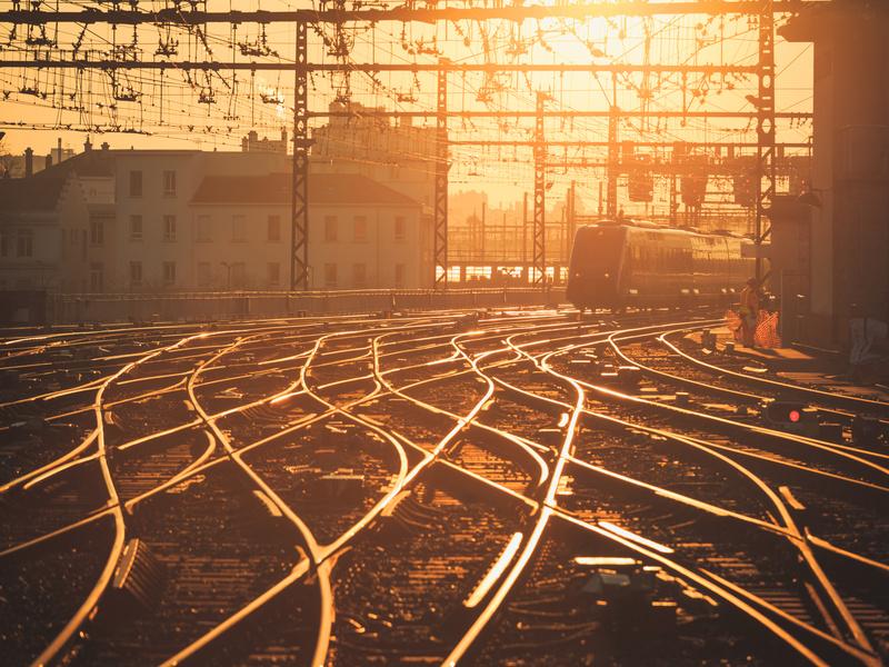 Construction de logements: la SNCF s'engage à libérer du foncier ferroviaire - Batiweb