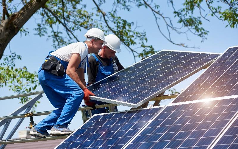 Énergie solaire : la France rattrape doucement son retard - Batiweb