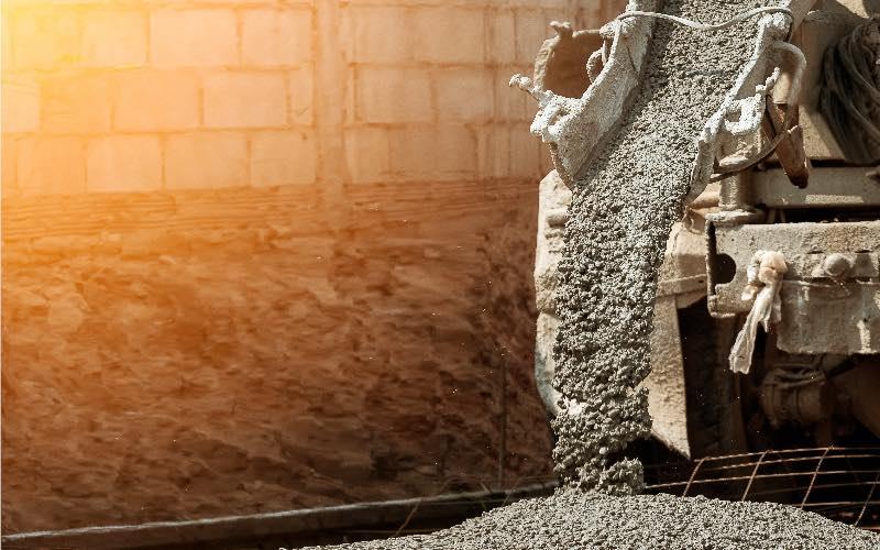 Freinage de la production des matériaux de construction en fin d'été - Batiweb