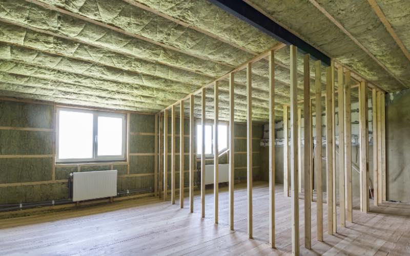 Isolation de plancher bas : quelles précautions pour la rénovation ? - Batiweb