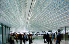 Une entreprise qui avance entre acier, verre et structure légère - Batiweb