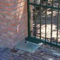 L'AUTOMATISME ENTERRE POUR PORTAIL BATTANT CUBIC Batiweb