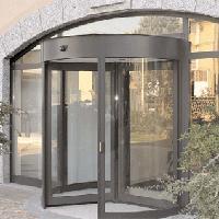 LA PORTE AUTOMATIQUE PIETONNE A TAMBOUR EXEO Batiweb
