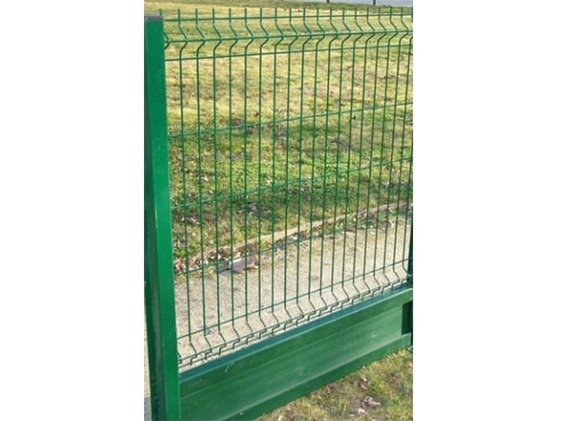 Plaques de soubassement en composite pour clôtures - Batiweb