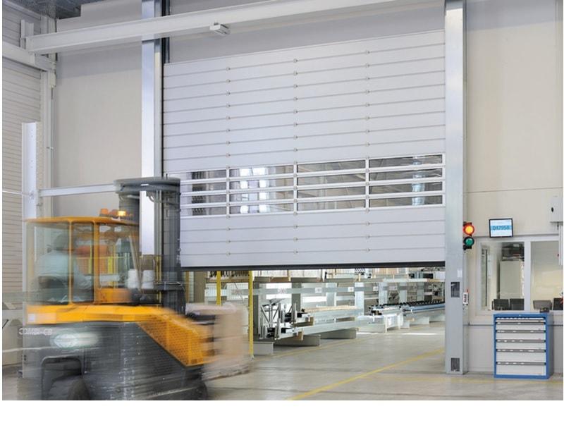 Porte à enroulement à spirale HSS : Le haut de gamme en matière de porte rapide - Batiweb