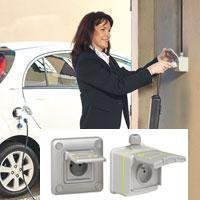 Prises et bornes de recharge pour véhicules électriques - Batiweb