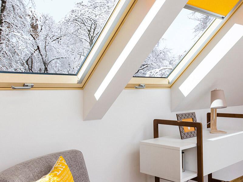 Fenêtre de toit FAKRO thermo-isolante - Batiweb