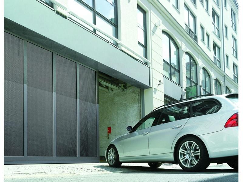 Porte coulissante ST 500 pour garages collectifs
