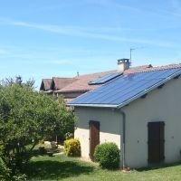 Panneaux photovoltaïques bi-verre SOLARWATT - Superpouvoirs pour tous - Batiweb