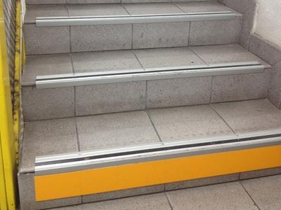 Mise en conformité des escaliers - Marchenet Batiweb