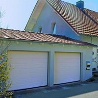 SAFIR Rumba : la porte sectionnelle résidentielle isolée à ressorts latéraux