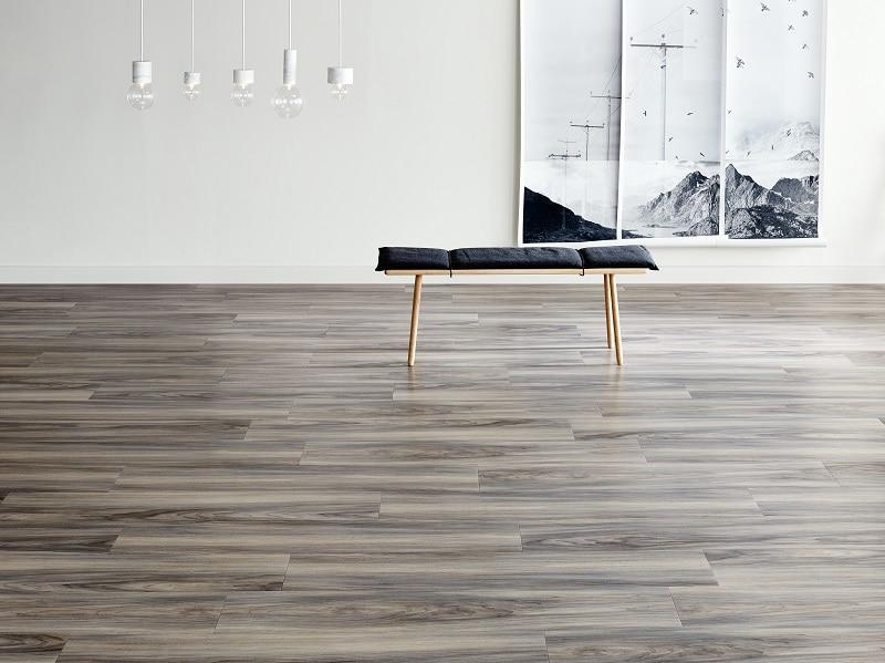 Amtico Acoustic, Lames et dalles décoratives PVC avec optimisation acoustique 18dB