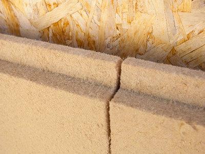Panneaux isolant en fibre de bois rigide Multisol 140 Batiweb