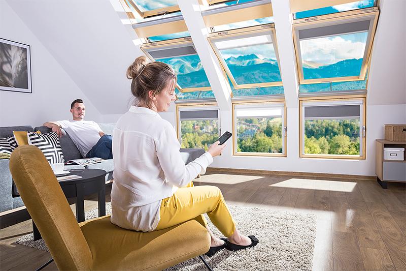 Fenêtre WiFi FAKRO pour un habitat intelligent - Batiweb
