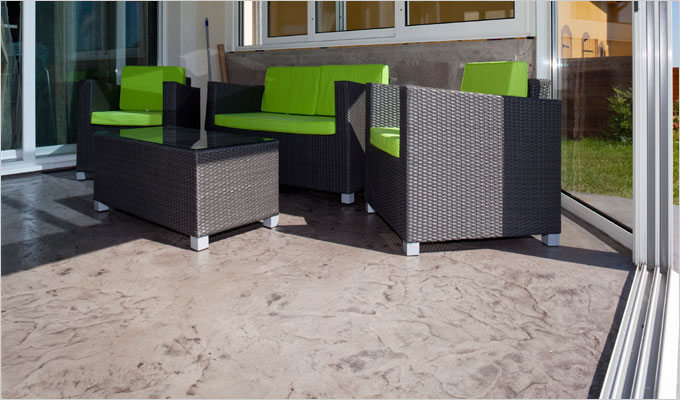 Articimo® by EQIOM : Les nouvelles solutions EQIOM décoratifs pour sols extérieurs et intérieurs - Batiweb