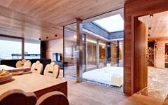 Rubio Monocoat colore et protège 13.000 m2 de chêne d'Europe au cœur des Alpes autrichiennes