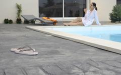 Les bétons Nuantis®, une solution pérenne et esthétique pour les sols extérieurs ! - Batiweb