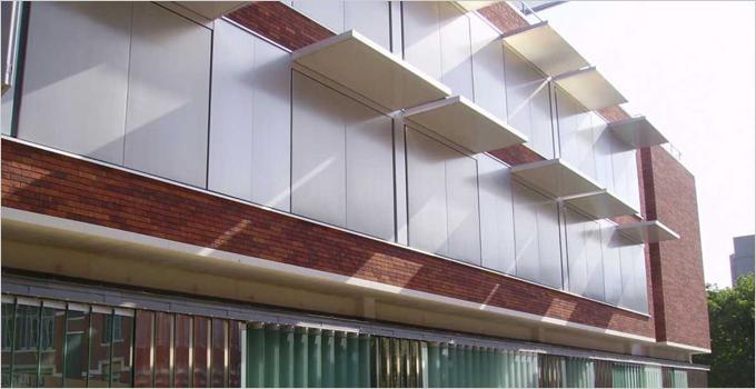 Innovation : Brise Soleil volets coulissants ou pliables de COLT