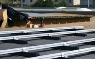 Icosun Fast ou comment mettre en place rapidement une solution photovoltaïque en toiture terrasse Batiweb