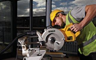 DEWALT : Nouvelle scie à onglets radiale 250 mm DWS778 - Batiweb