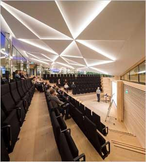 L'architecture acoustique au sein de l'International Business College - Batiweb