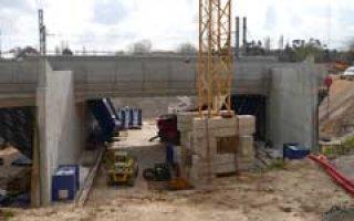 Les bétons CEMEX dressent un pont à La Seyne-sur-Mer (83) - Batiweb