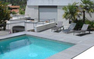 Nouveauté : Rouviere Collection lance la nouvelle margelle de piscine Reno  - Batiweb