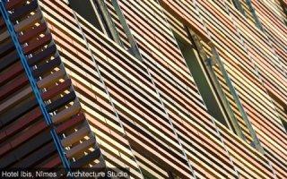Brise-soleil terre cuite, prodtection solaire et jeux de façades