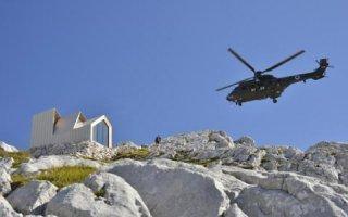 Alpine Shelter – Un bivouac avec façade öko skin à 2.000 mètres d'altitude Batiweb