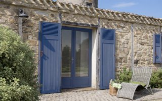 SWAO habille ses fenêtres PVC en couleur avec un nuancier de 14 teintes