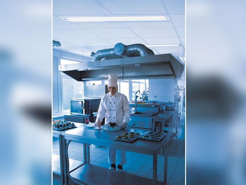 Tonga® Ultra Clean & Tonga® Ultra Clean HP Les plafonds acoustiques pour l'hygiène - Batiweb