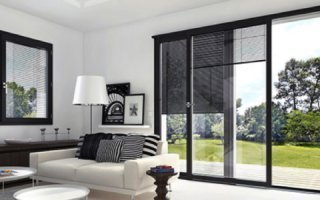Les stores vénitiens intégrés pour fenêtres et coulissants multimatériaux – Nouveautés - Batiweb