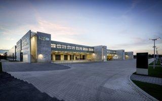 Mille luminaires LED TRILUX pour le nouveau centre logistique de hygi.de Batiweb